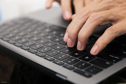 KHÔNG LO lỗi bàn phím trên Macbook Pro nữa, Apple sẽ sửa MIỄN PHÍ cho bạn!