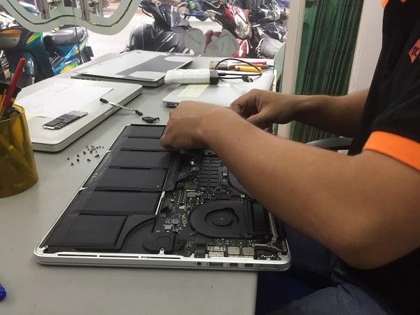 Sửa chữa Macbook tại Nguyễn Tín